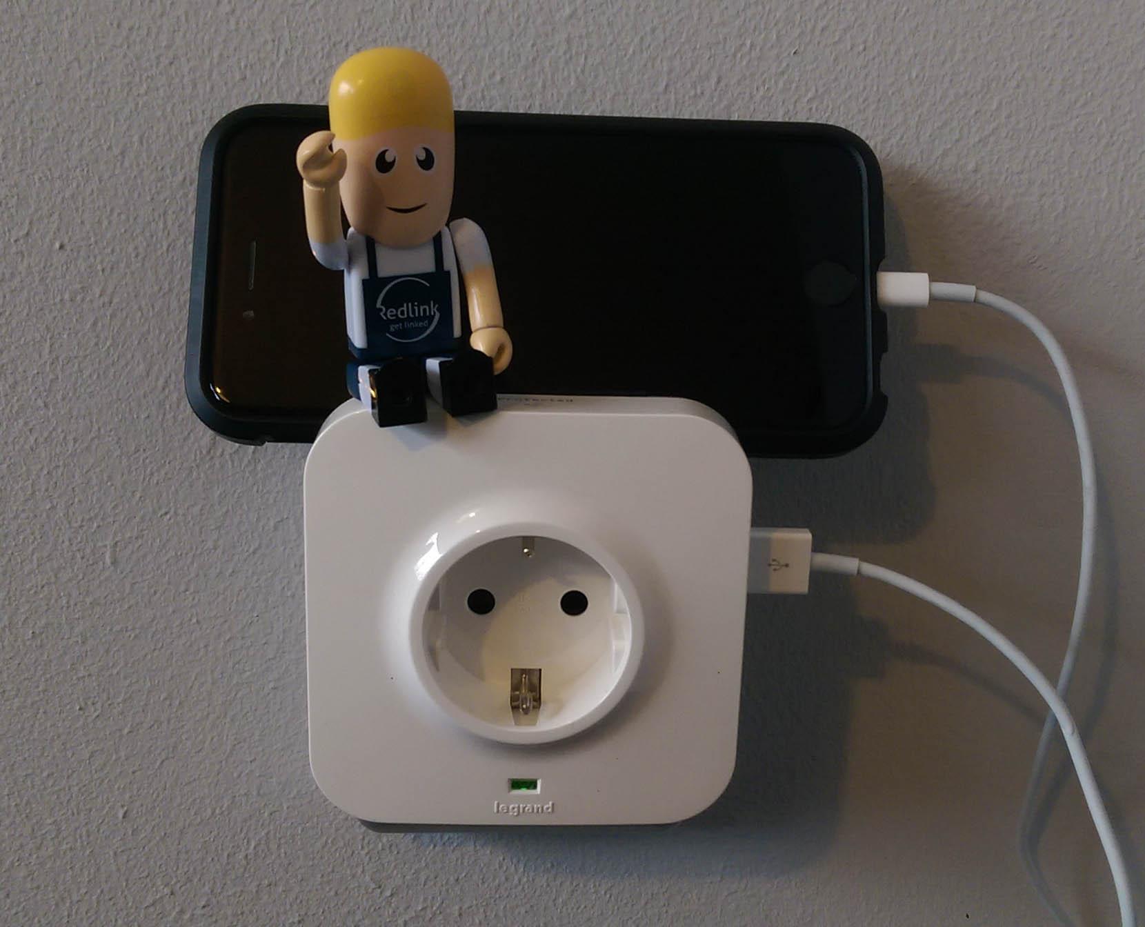 Legrand stopcontact USB aangesloten